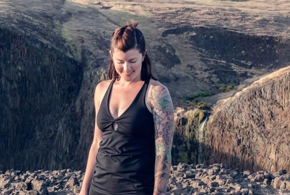 Yoga Blogger of the Month: Rachel Koontz