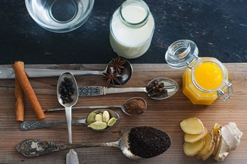 5 Must-Try Chai Spices: The Benefits of Each & How to Create Your Own Blend