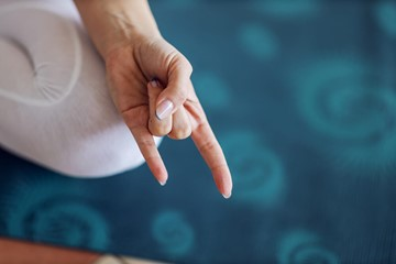 Top 3 Mudras for Better Digestion