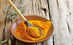 5 Reasons Why Yogis Love Turmeric