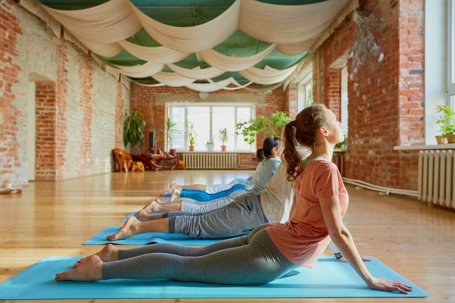 Vinyasa Yoga A Flowing Introduction That Ll Have You Fallin