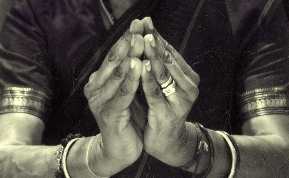 The Meaning of Namaskar and the Way We Say 'Namaste'