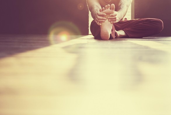 10 Tips for a Safe Home Practice, From India-based Yoga Teacher Training Instructor