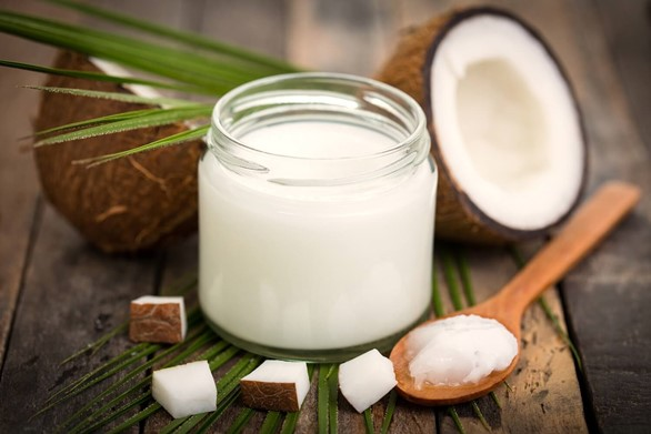 Top 5 Benefits of Ayurvedic Oil Pulling (Plus How to Do It)