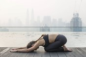 5 Best Yoga Poses for the Workaholic