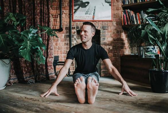 Yoga Blogger of the Month: Adam Hocke