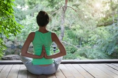 Know More About Jnana Yoga: The Path of Wisdom