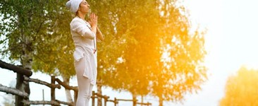 Bhakti Yoga: How the Path of Devotion Connects Us in a Disconnected Modern World