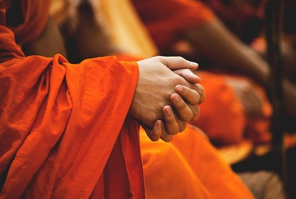 How to Prepare for Visiting an Ashram