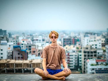 Top 10 Reasons to Meditate (And 10 Online Classes to Help You Get Started)