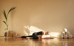 How does restorative yoga promote relaxation?