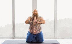 What can I do as a yoga teacher to make my class more accessible to yogis of all body types?