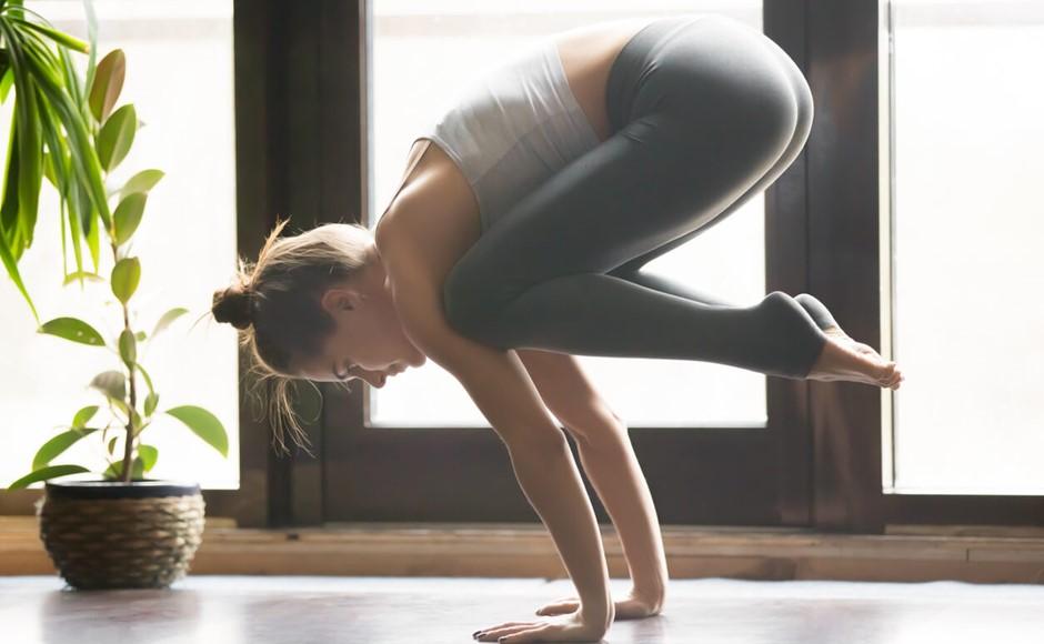 From Kakasana to Bakasana: Top Tips to Help you Advance from Crow Pose to Crane Pose