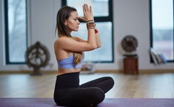 Why is it beneficial for Hatha yoga classes to include pranayama?