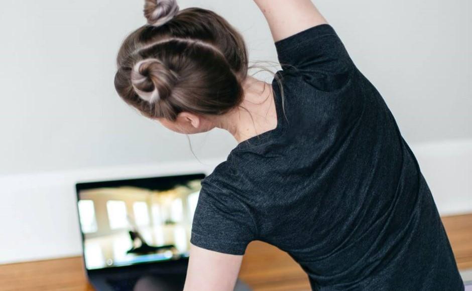 30 Day Yoga Challenge kari Shea Unsplash
