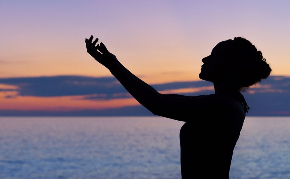 Reconnect With The 8 Limbs of Yoga in 2018