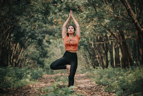 6 Yoga Poses for Balancing the Kapha